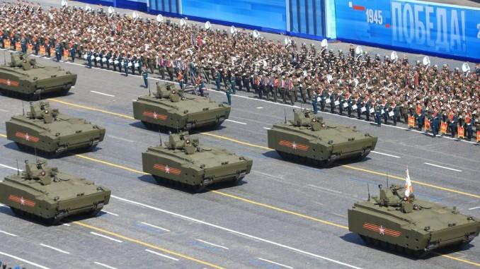 عرض عسكري بمناسبة عيد النصر في روسيا
