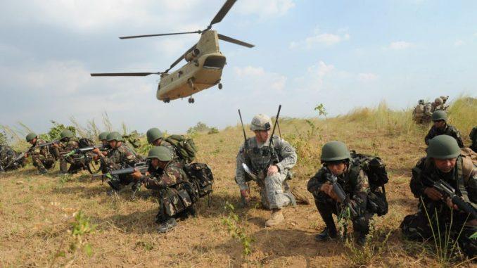 مناورات عسكرية بين الفلبين والولايات المتحدة