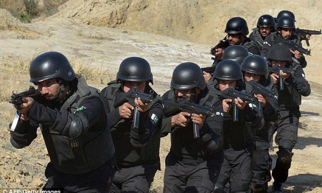 قوات باكستان