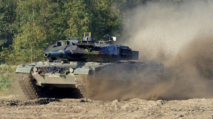 """دبابة """"ليوبارد 2"""""""