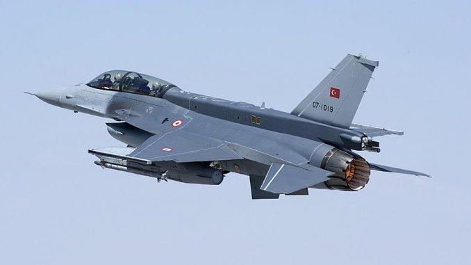 مقاتلة f 16 التركية