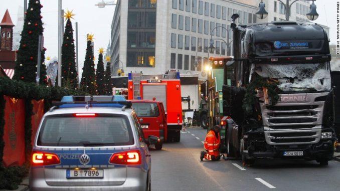 هجوم بشاحنة ثقيلة على سوق للميلاد في برلين