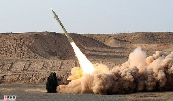 صاروخ بالستي إيراني