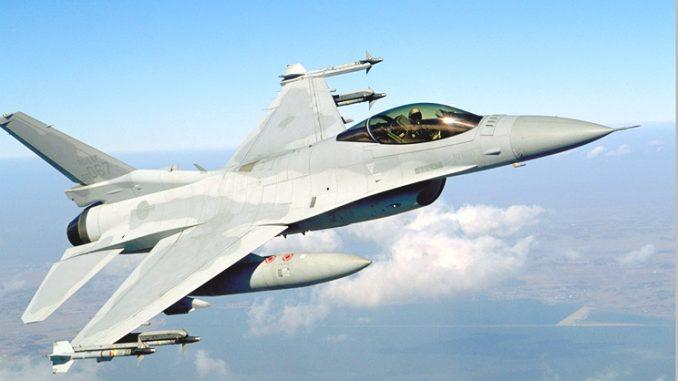 مقاتلة أف-16 تابعة لسلاح الجو الكوري الجنوبي