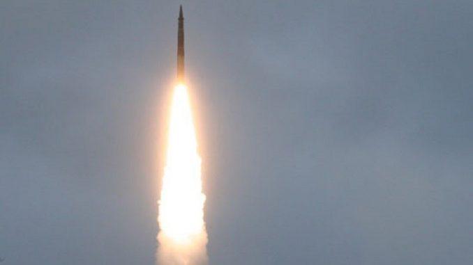 إطلاق صاروخ روسي