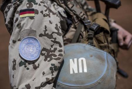 جندي الماني يتبع بعثة الأمم المتحدة