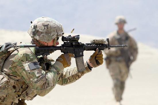 عنصر من الجيش الأميركي