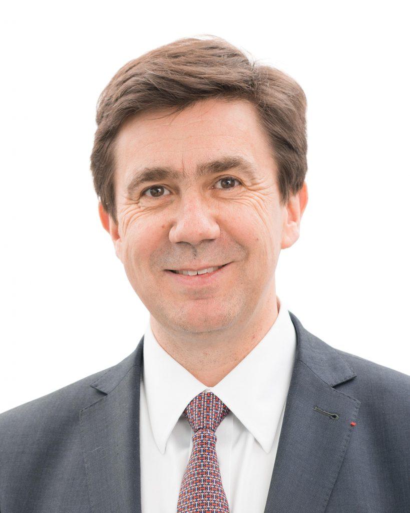 نائب الرئيس التنفيذي في قسم أنظمة المهام الدفاعية لدى شركة تاليس، السيد بيار إريك بوميليه