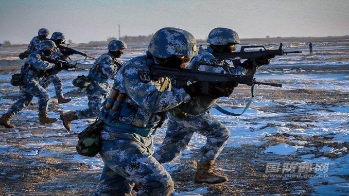 عناصر من مشاة البحرية الصينية