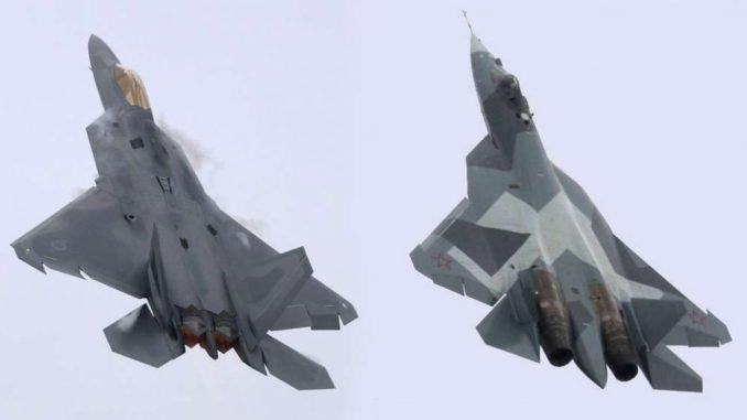 مقاتلتا أف-22 الأميركية وتي-50 الروسية