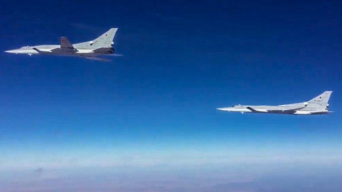 """قاذفتان روسيتان من طراز """"تو-22م3"""" في سوريا"""