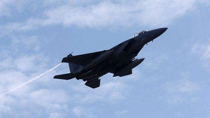 مقاتلة أف-15 الأميركية