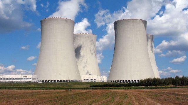 مفاعلات نووية