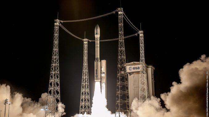 إطلاق القمر الاصطناعي OPTSAT-3000