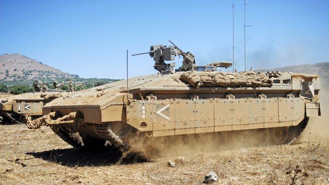 ناقلة الجند المدرعة الإسرائيلية Namer