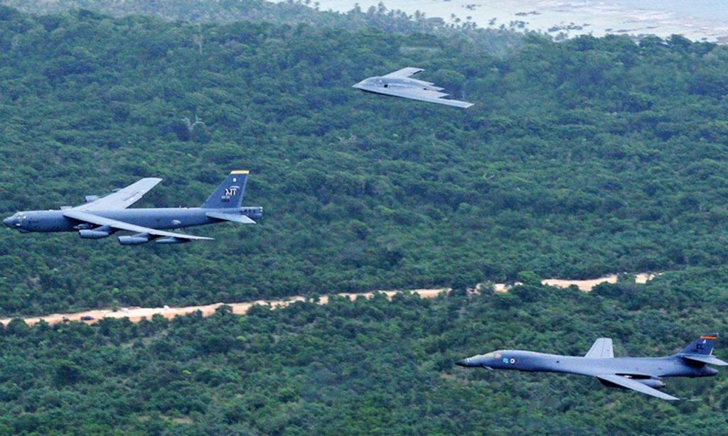 قاذفات بي-1، بي-2 وبي-52 الأميركية