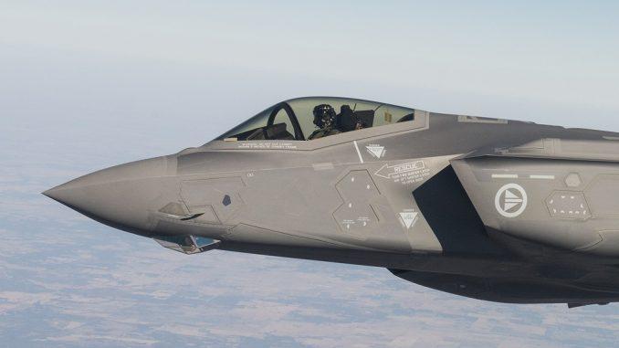 مقاتلة الجيل الخامس أف-35