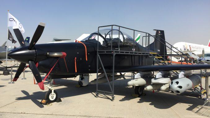 """طائرة """"بي-250"""" الإماراتية خلال معرض دبي للطيران (صورة خاصة)"""