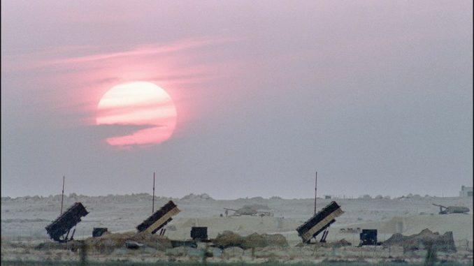 ثلاث بطاريات باتريوت منتشرة في المملكة العربية السعودية (AFP)