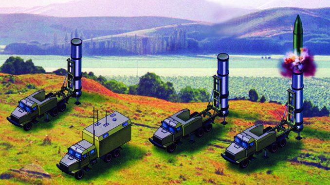 """مجسّمات عن صواريخ """"غروم-2"""" الأوكرانية"""