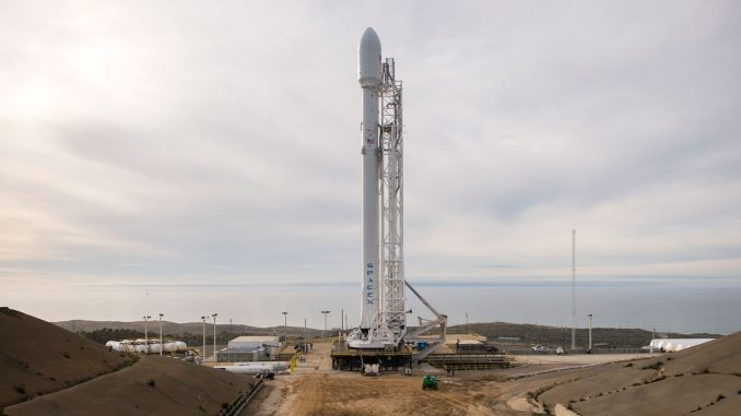 """صاروخ """"فالكون 9"""" من شركة Space X يحمل قمر Jason 3 الإصطناعي الأميركي-الأوروبي"""