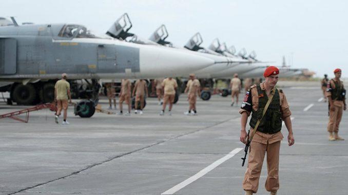 قاعدة حميميم الجوية الروسية في سوريا (سبوتنيك)