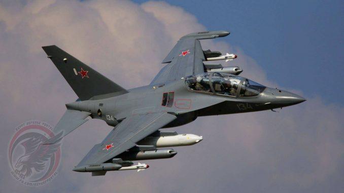 """طائرة القتال الخفيف والتدريب المتقدّم """"ياك-130"""" (بوابة الدفاع المصرية)"""