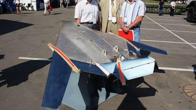 طائرة X-27 Avatar بدون طيار أثناء الكشف عنها في 27 شباط/ فبراير 2018 (روسيا اليوم)