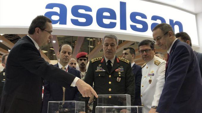 منصة عرض شركة أسيلسان التركية في ديمدكس 2018 في 12 آذار/ مارس