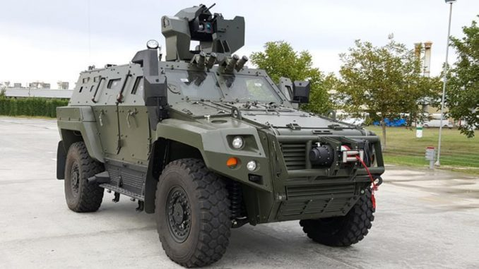 """نظام """"صارب"""" من إنتاج شركة """"أسيلسان"""" التركية مزوّدة على مركبة مدرعة تركية (وكالة الأناضول)"""