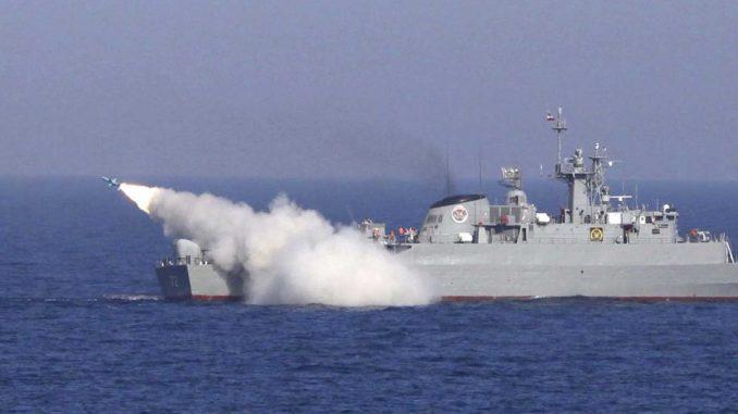 سفينة حربية إيرانية في الخليج (صورة أرشيفية)