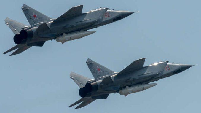 """مقاتلتان روسيتان من طراز """"ميغ-31"""""""