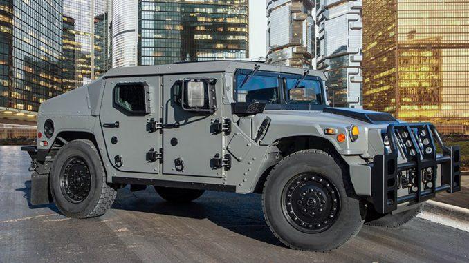 """مركبة """"أن أكس تي 360"""" (NXT 360) التكتيكية الخفيفة الجديدة من إنتاج شركة AM General الأميركية"""