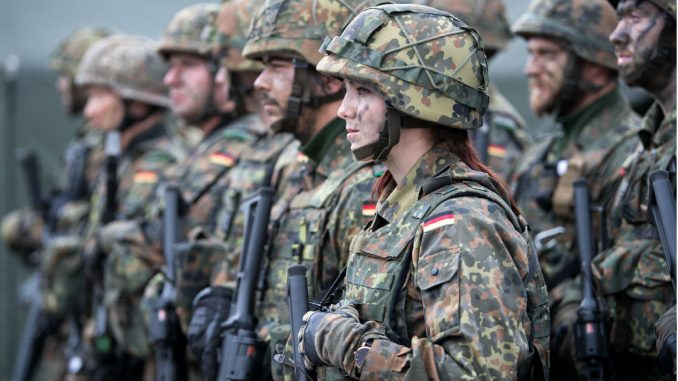 عناصر من القوات المسلّحة الألمانية (صورة أرشيفية)