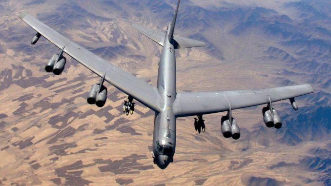 قاذفة قنابل B-52 ( صورة أرشيفية)