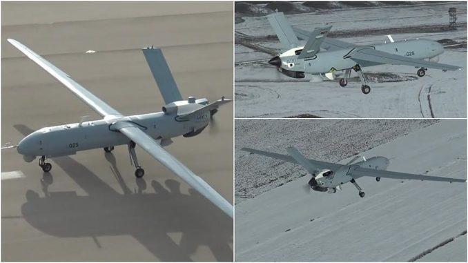 """لقطات لطائرة """"أنكا"""" من دون طيار التركية (وكالة الأناضول)"""