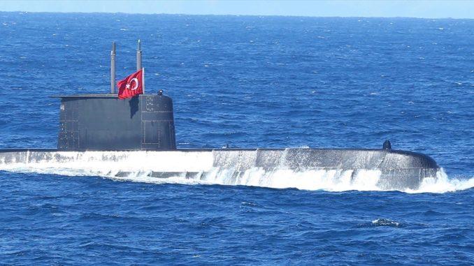 غواصة تركية