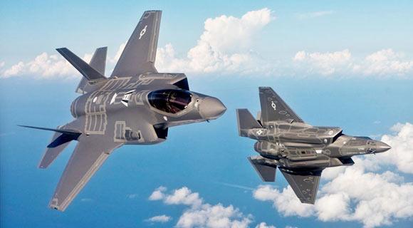 """مقاتلتين من طراز """"F-35"""" الأميركية"""