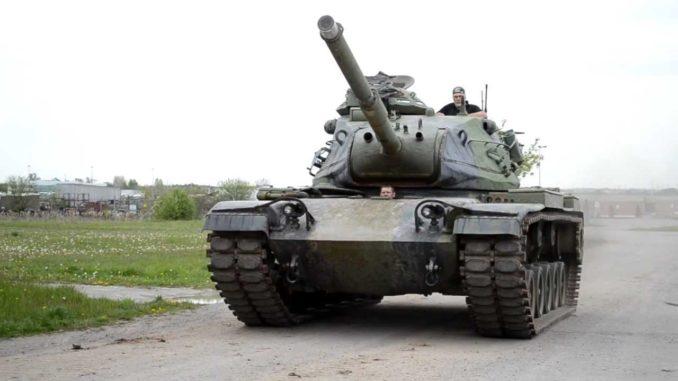 """دبابة """"إم – 60 باتون"""""""