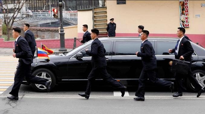 سيارة زعيم كوريا الشمالية