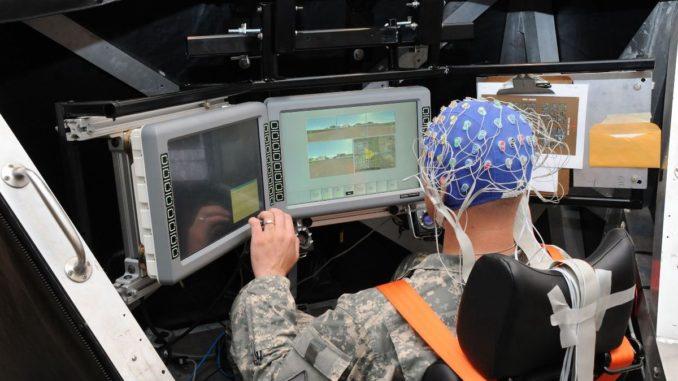 تطوير أجهزة التحكم بالأسلحة عبر التفكير