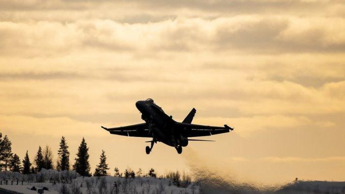 مقاتلة للقوات الجوية الفنلندية