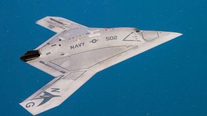 طائرة بدون طيار أميركية من طراز X-47B