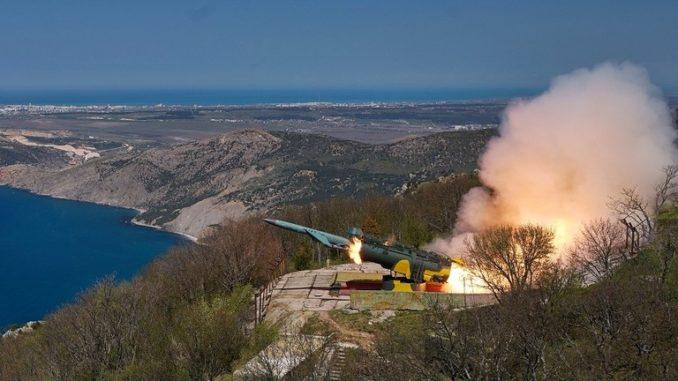 """المنظومة الصاروخية الساحلية """"أوتيوس"""""""
