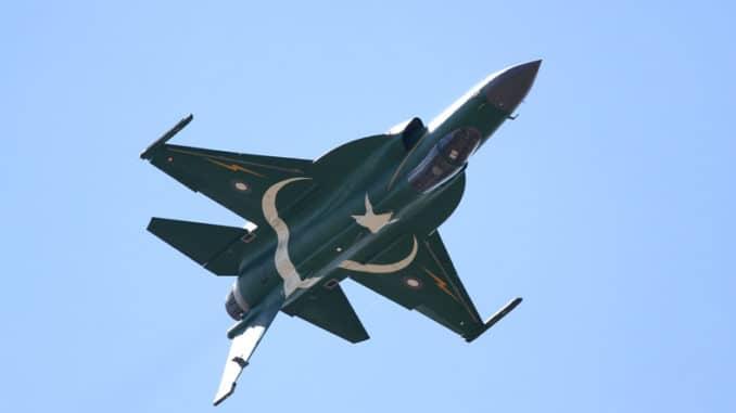 مقاتلة JF-17