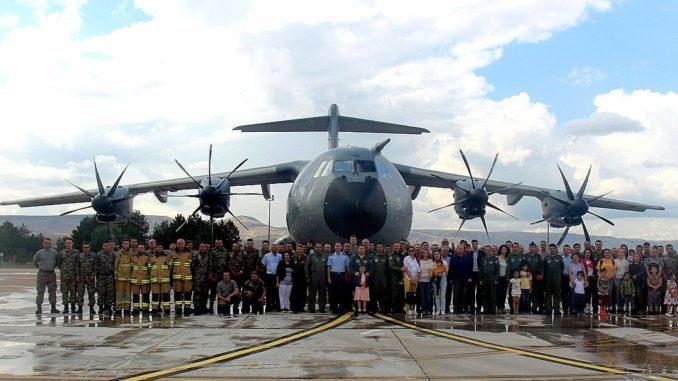 إستلام تركيا طائرة النقل العسكري A-400A
