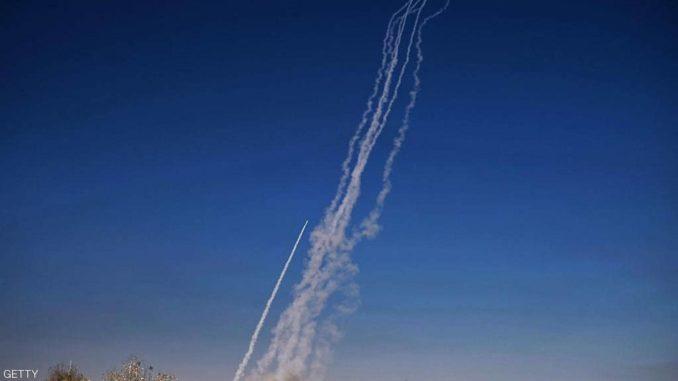 صواريخ أطلقت من قاعدة القيارة
