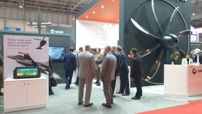منصة عرض شركة Collins Aerospace خلال معرض دبي للطيران 2019 (الأمن والدفاع العربي- صورة خاصة)