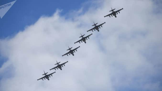 مقاتلات سو-25