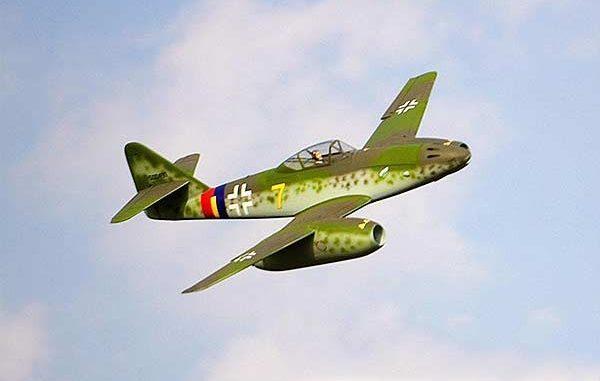 طائرة Me-262